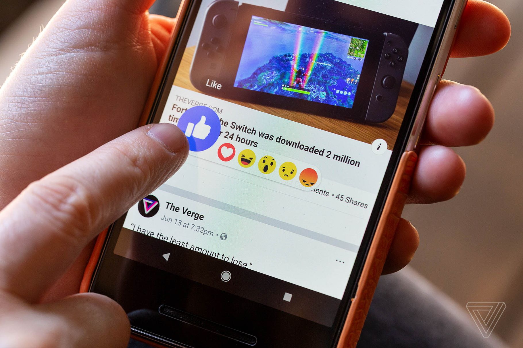 Facebook prohlásil, že 100 vývojářů mělo přístup k datům uživatelů Skupin