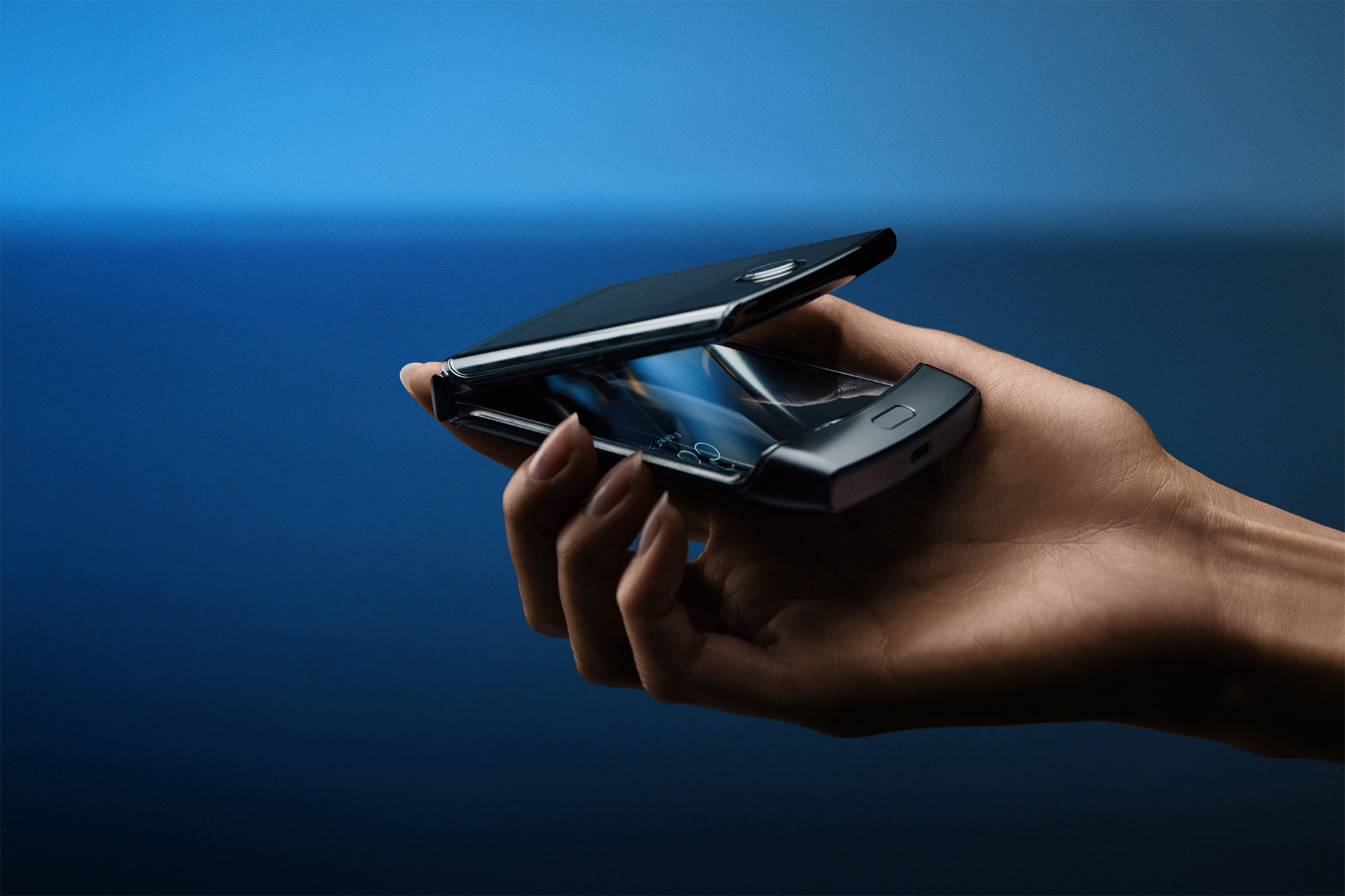 Motorola Razr 2 zřejmě nabídne zajímavé možnosti