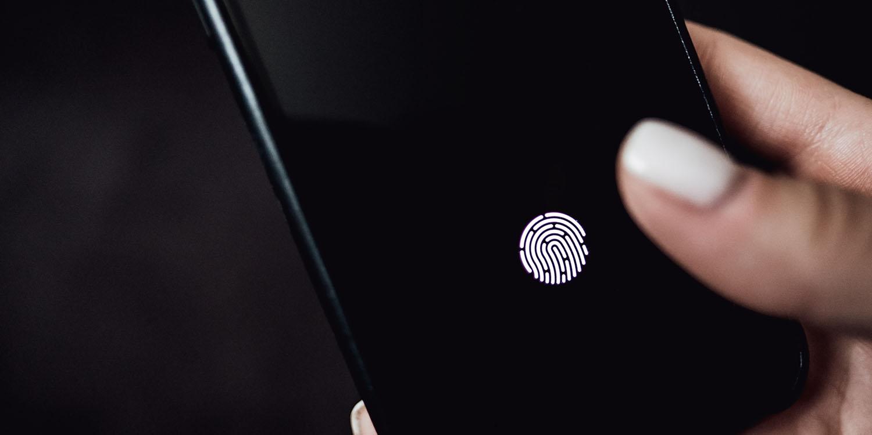 iPhone by se mohl dočkat Touch ID pod displejem