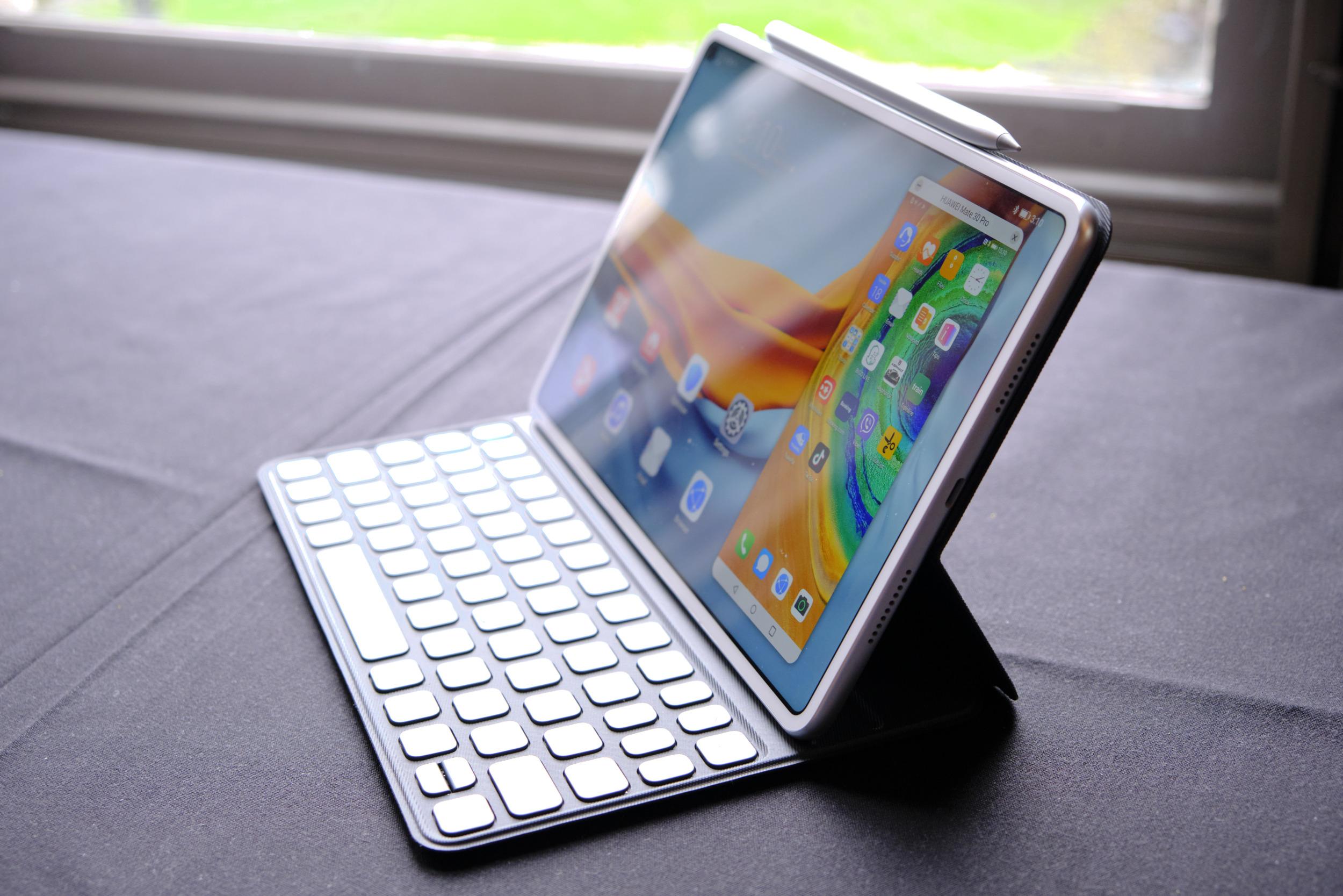 Huawei MatePad Pro přichází do Česka za 15 999 Kč [aktualizováno]