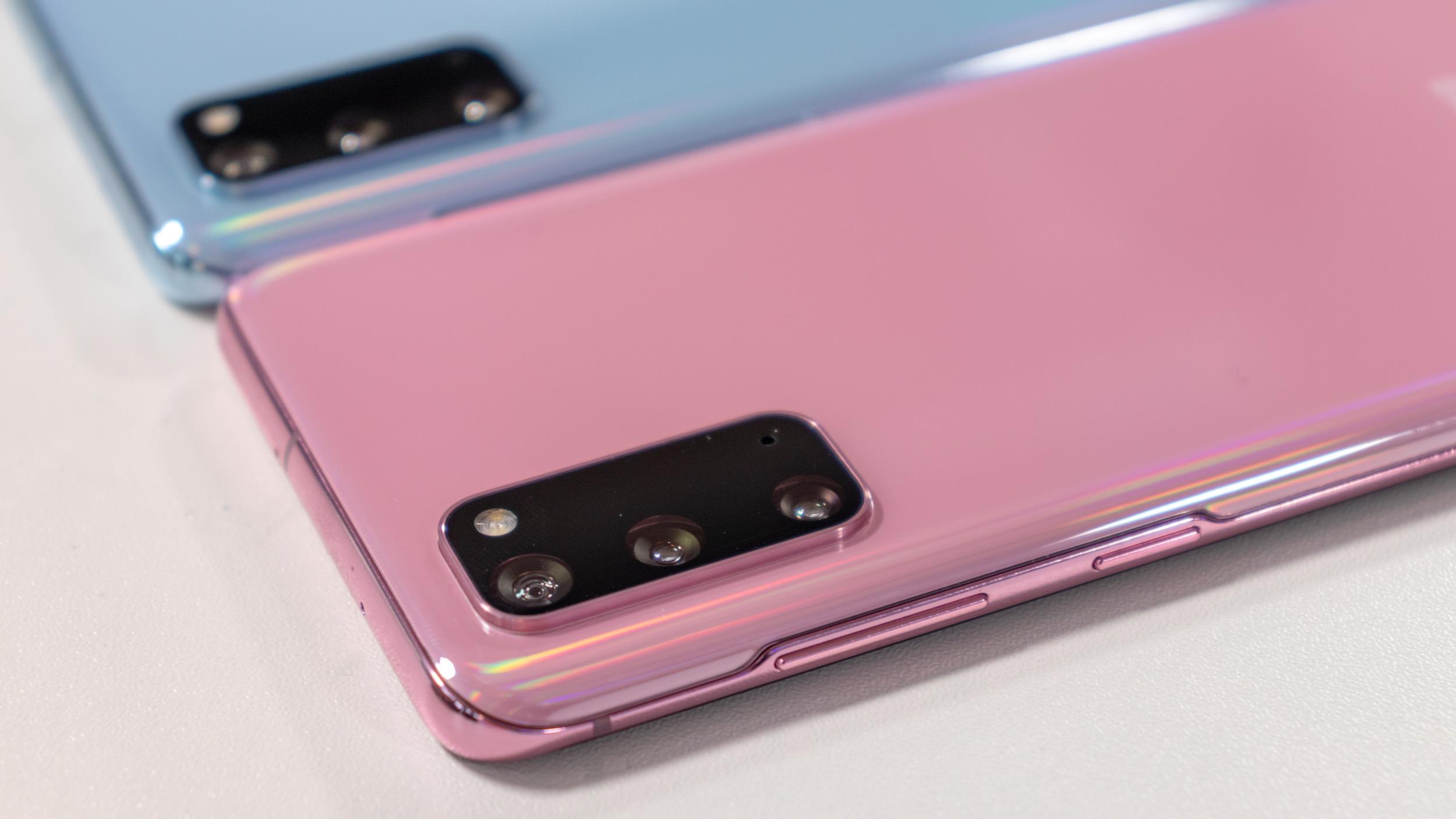 Samsung má umožnit volbu 120 Hz a nejvyššího rozlišení zároveň u Galaxy S20