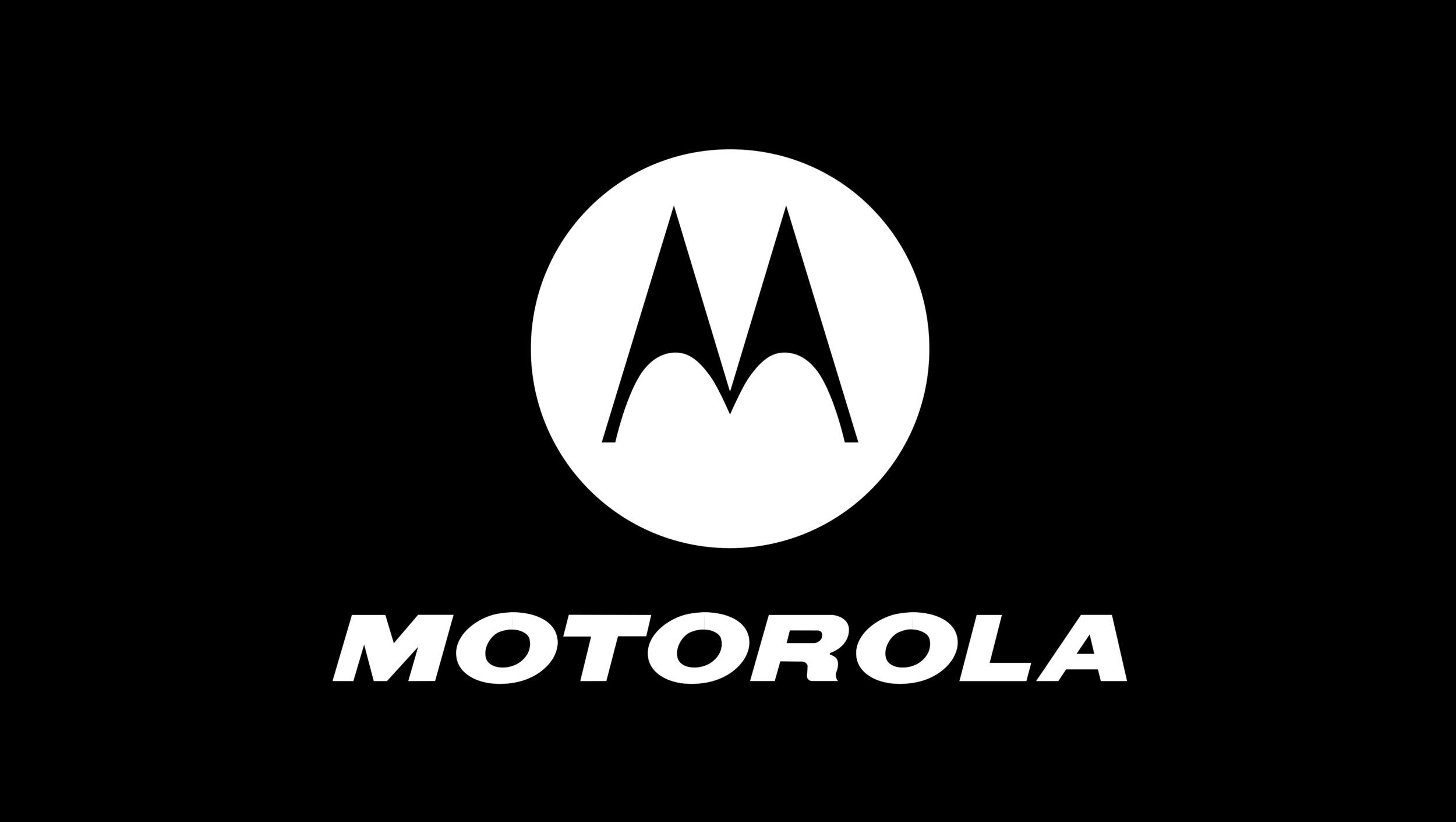 Motorola chystá hned trojici nových modelů