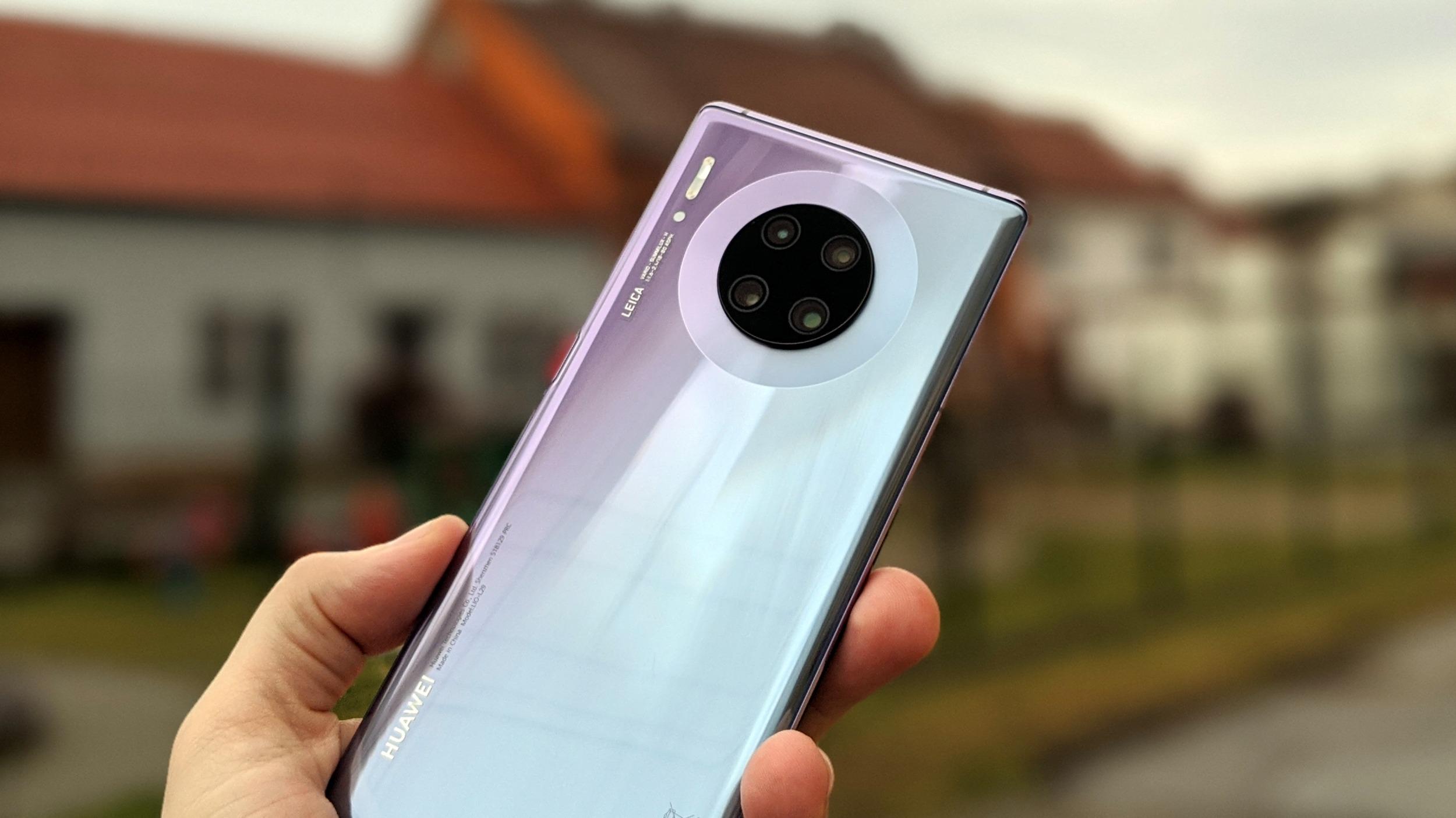 Huawei představil Mate 30E Pro, lehce modernizovaný model