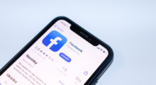 Facebook sníží kvalitu videí, chce pomoci infrastruktuře