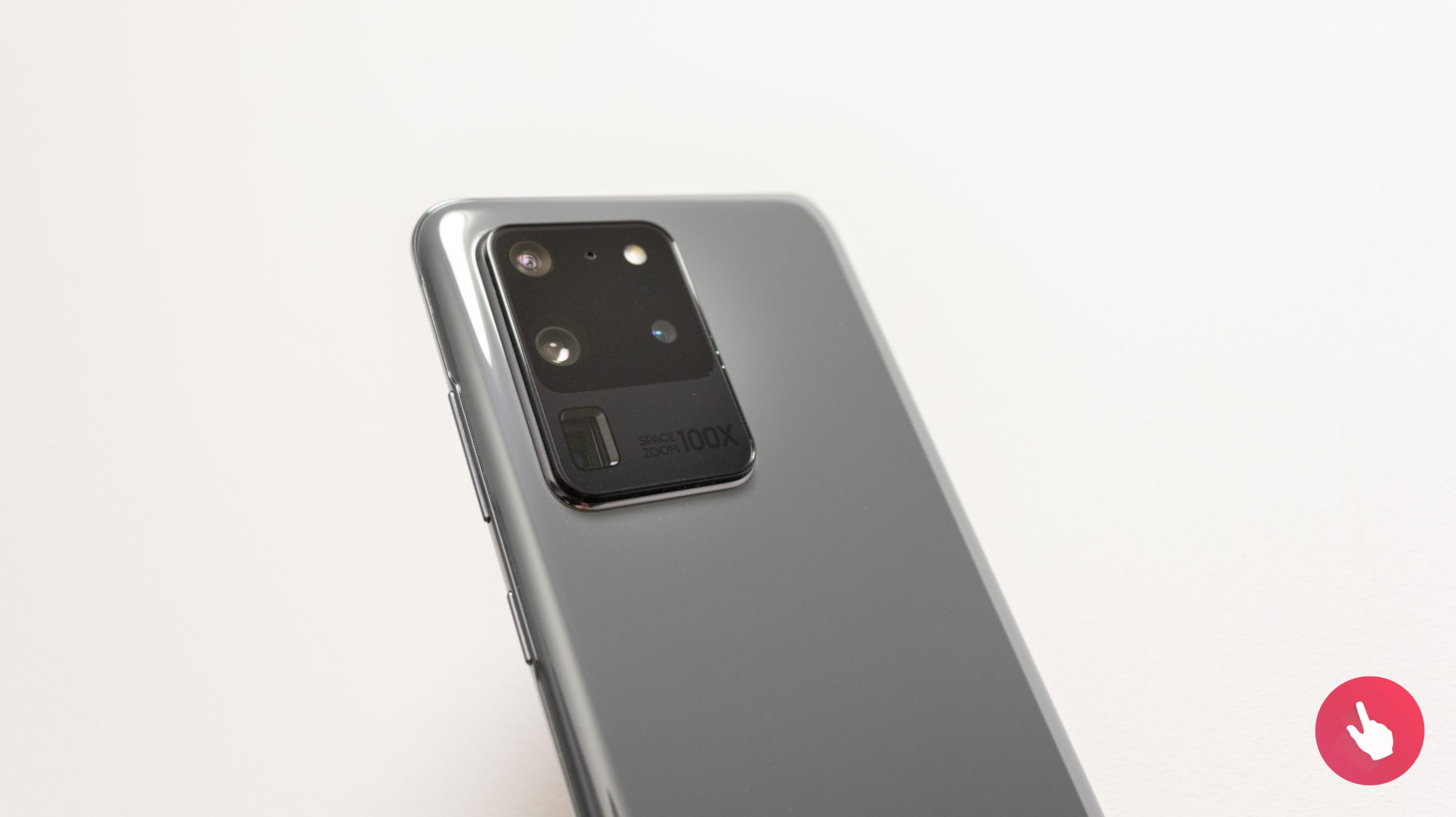 Samsung chystá 250MPx foťák pro mobily