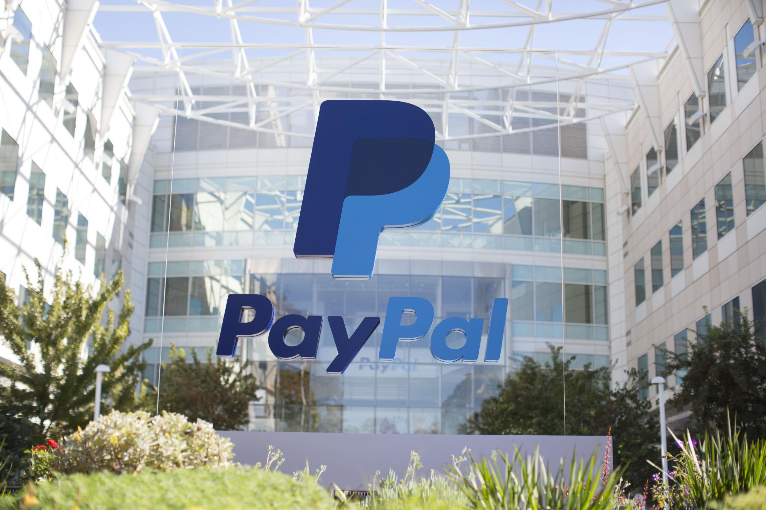 PayPal pracuje na možnosti zaplacení v obchodech