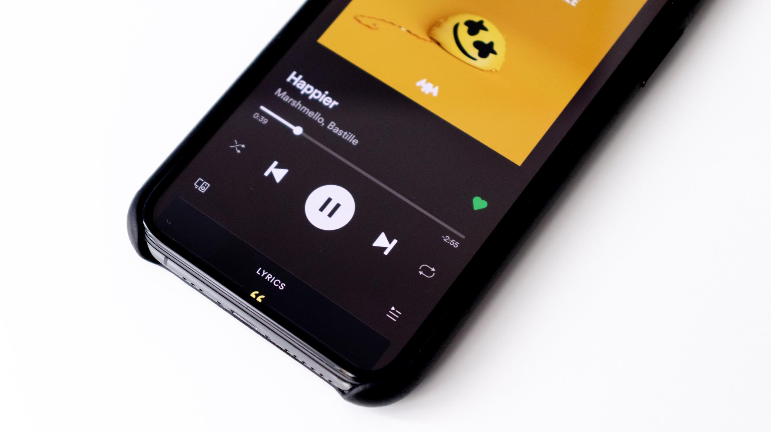 Spotify má téměř 300 mil. aktivních uživatelů, přitom zaznamenalo ztrátu
