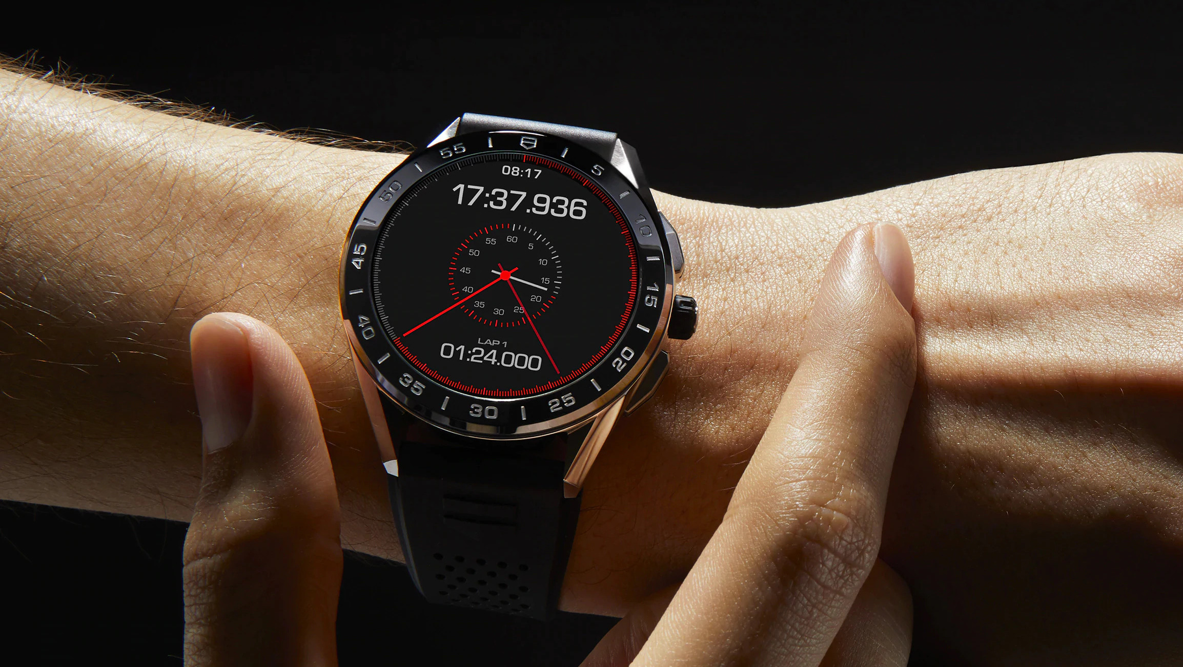 TAG Heuer představil nové hodinky série Connected