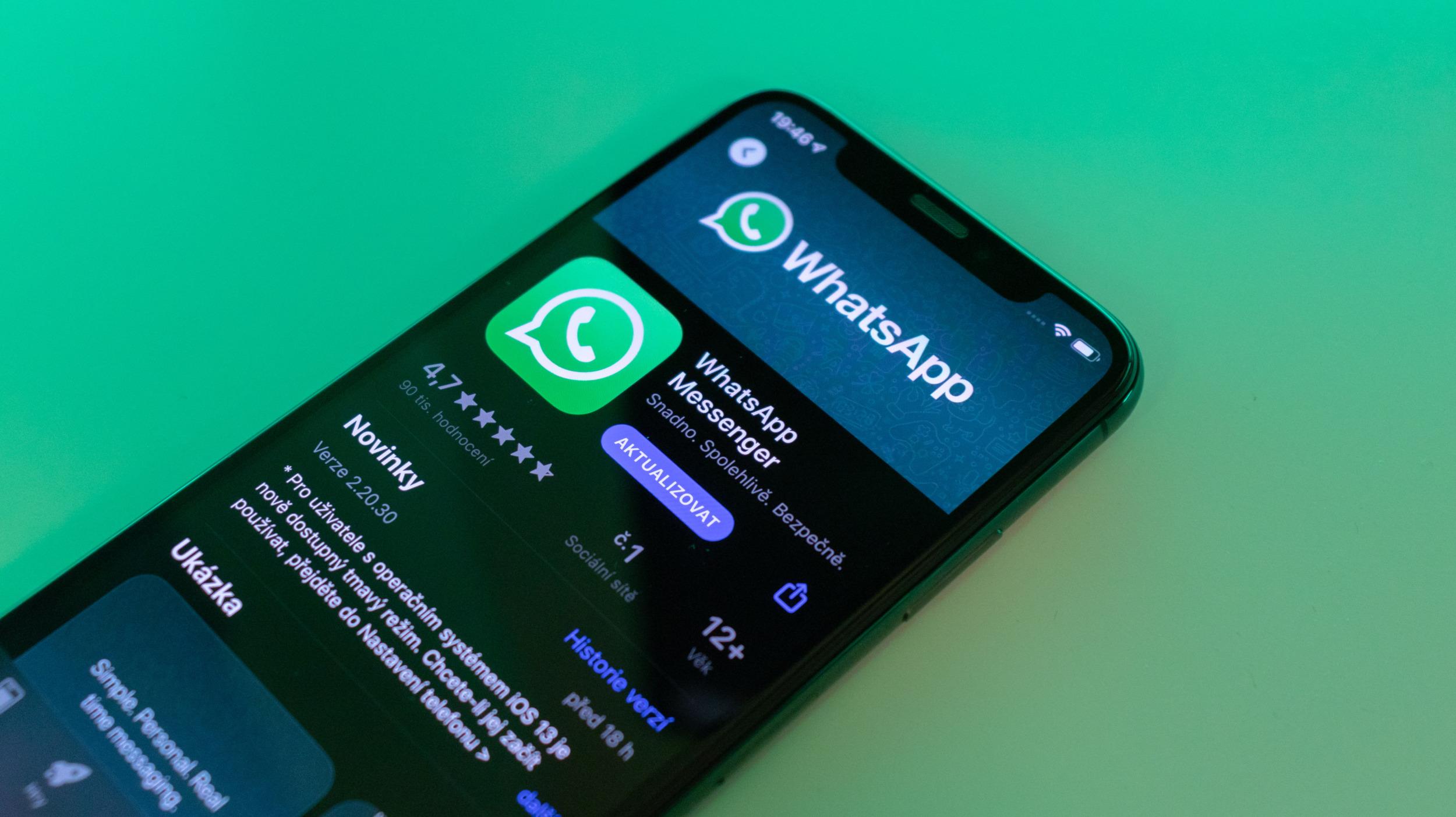 Aktualizace WhatsApp přináší podporu dark mode