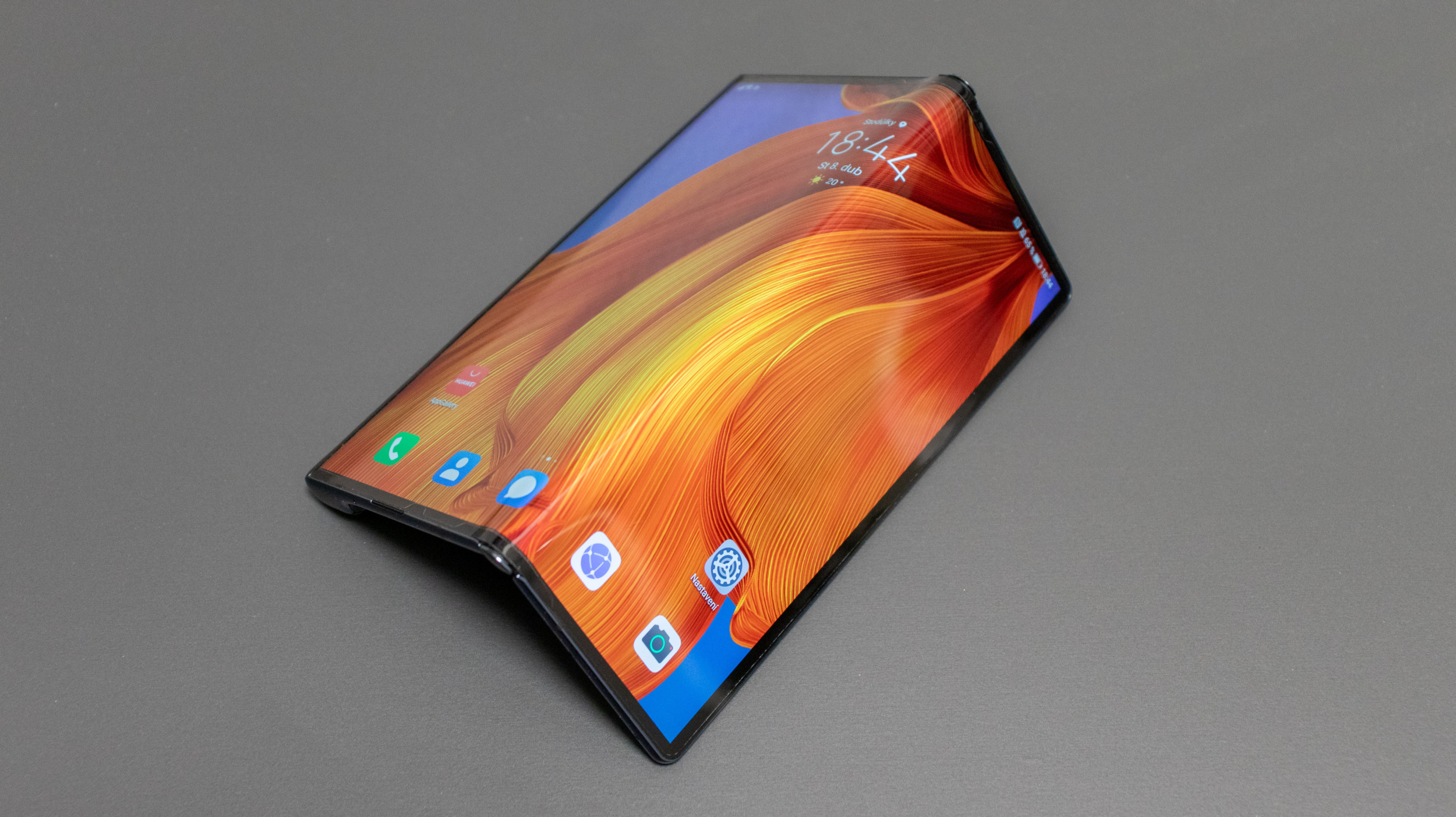 Huawei Mate Xs – výlet do budoucnosti [recenze]