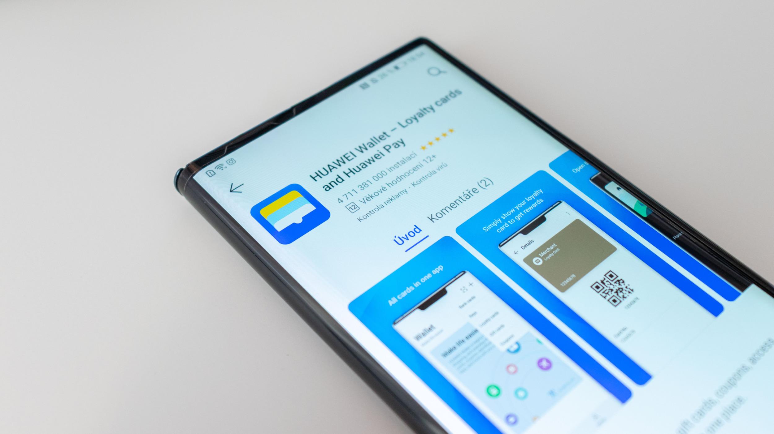 Huawei představil Huawei Card, na podpoře Huawei Pay v ČR pracuje