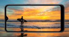Samsung uvede mobil s vyměnitelnou baterií