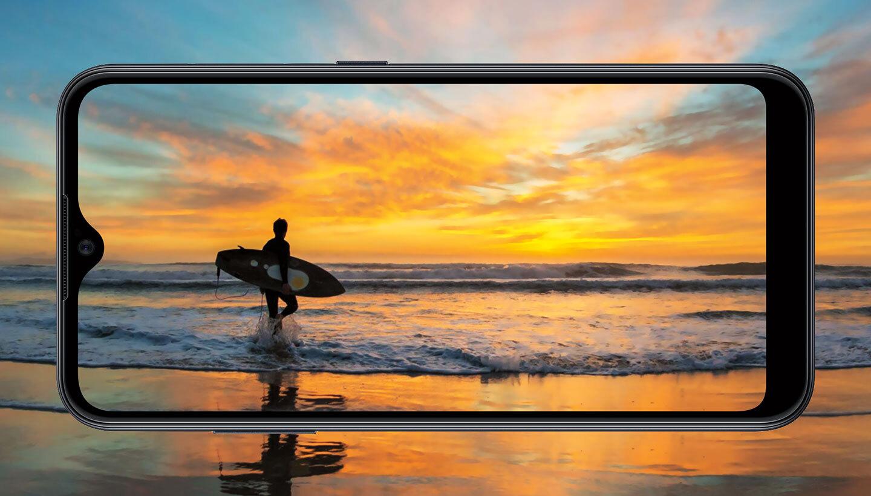 Samsung představil Galaxy A01, láká na nízkou cenu