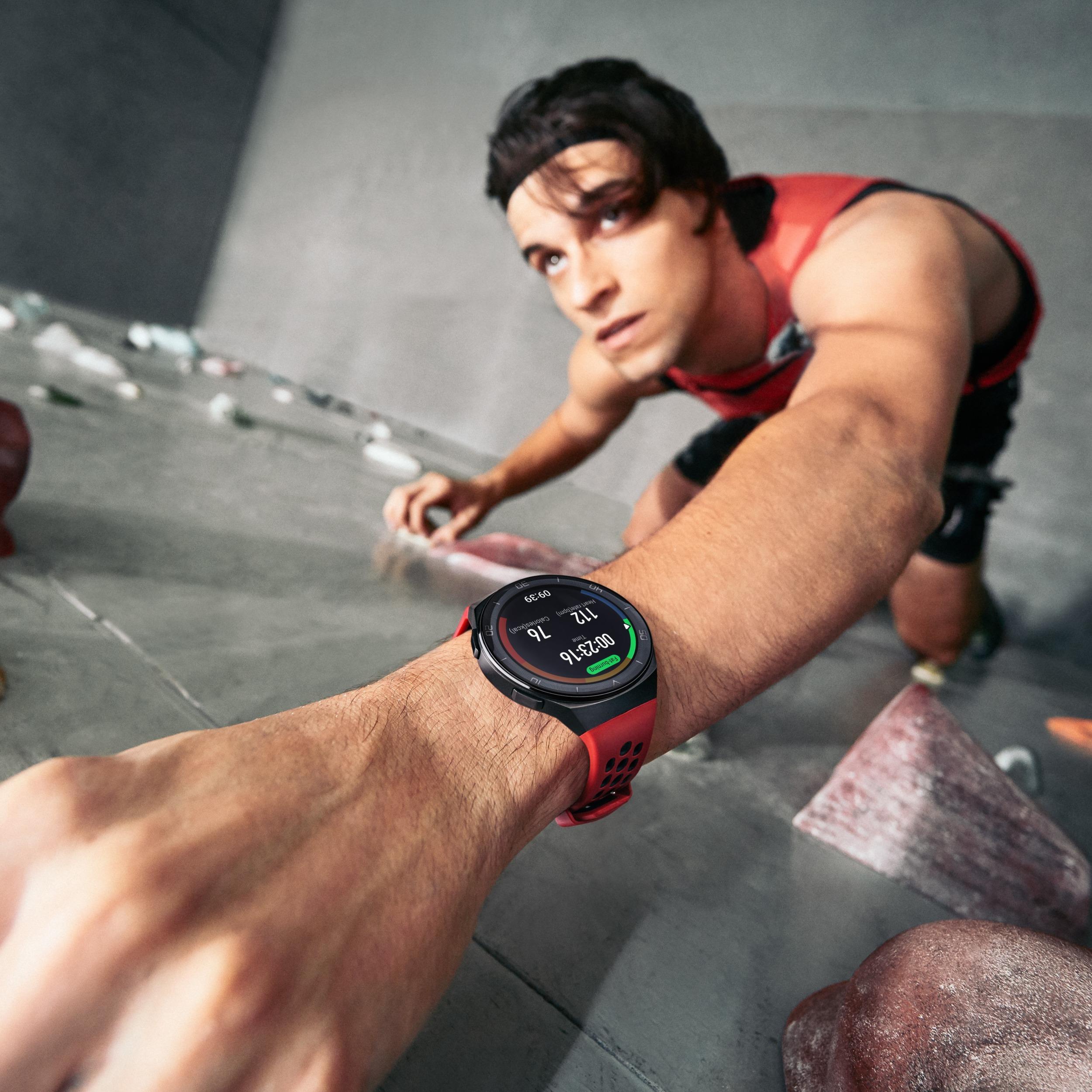 Čtyři způsoby, jak cvičit doma a zůstat ve formě [sponzorovaný článek]