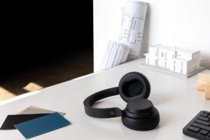 Surface Headphones 2 Context 2 1200x800x