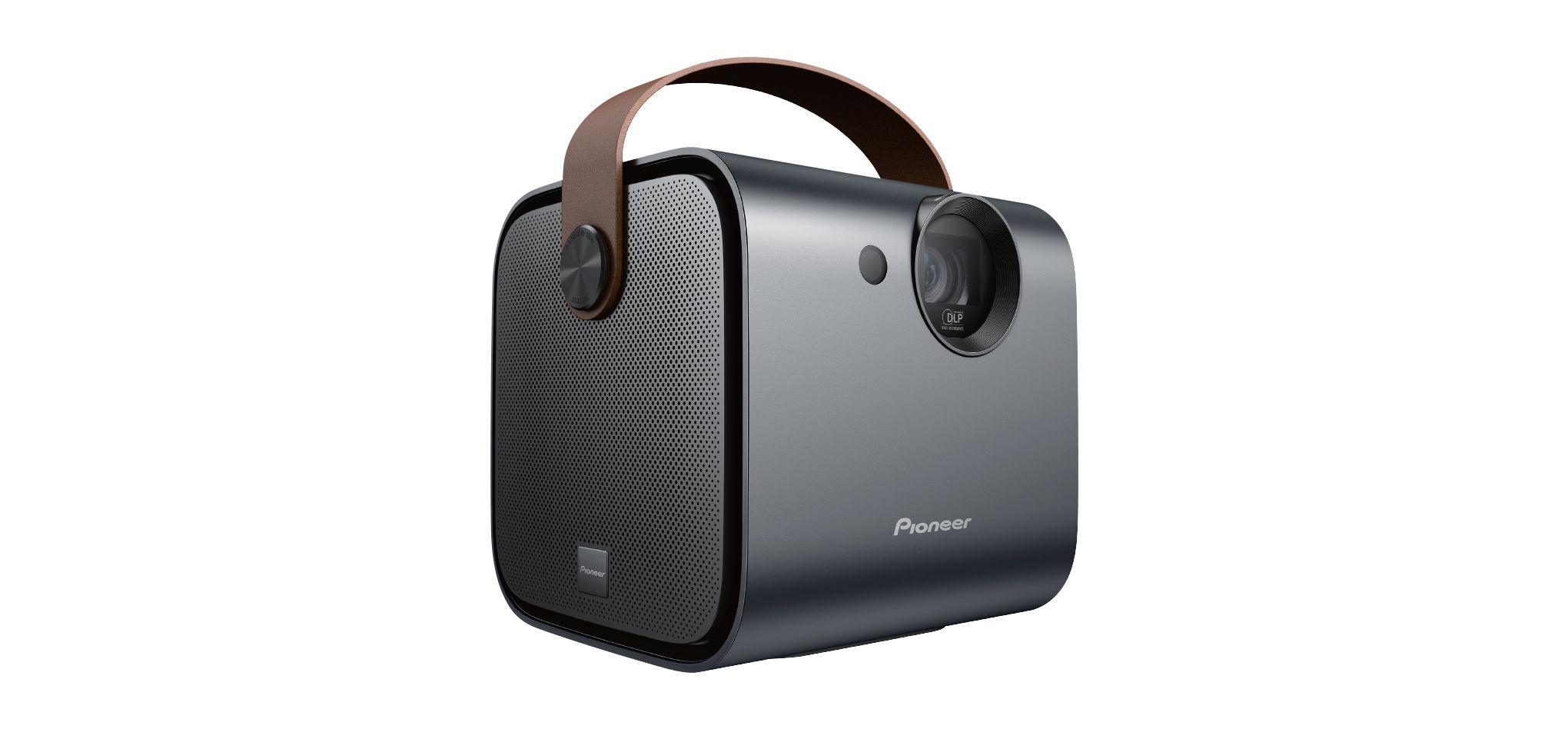 Kompaktní projektor Pioneer SDA RP100 nabídne kompaktní provedení a vlastní baterii