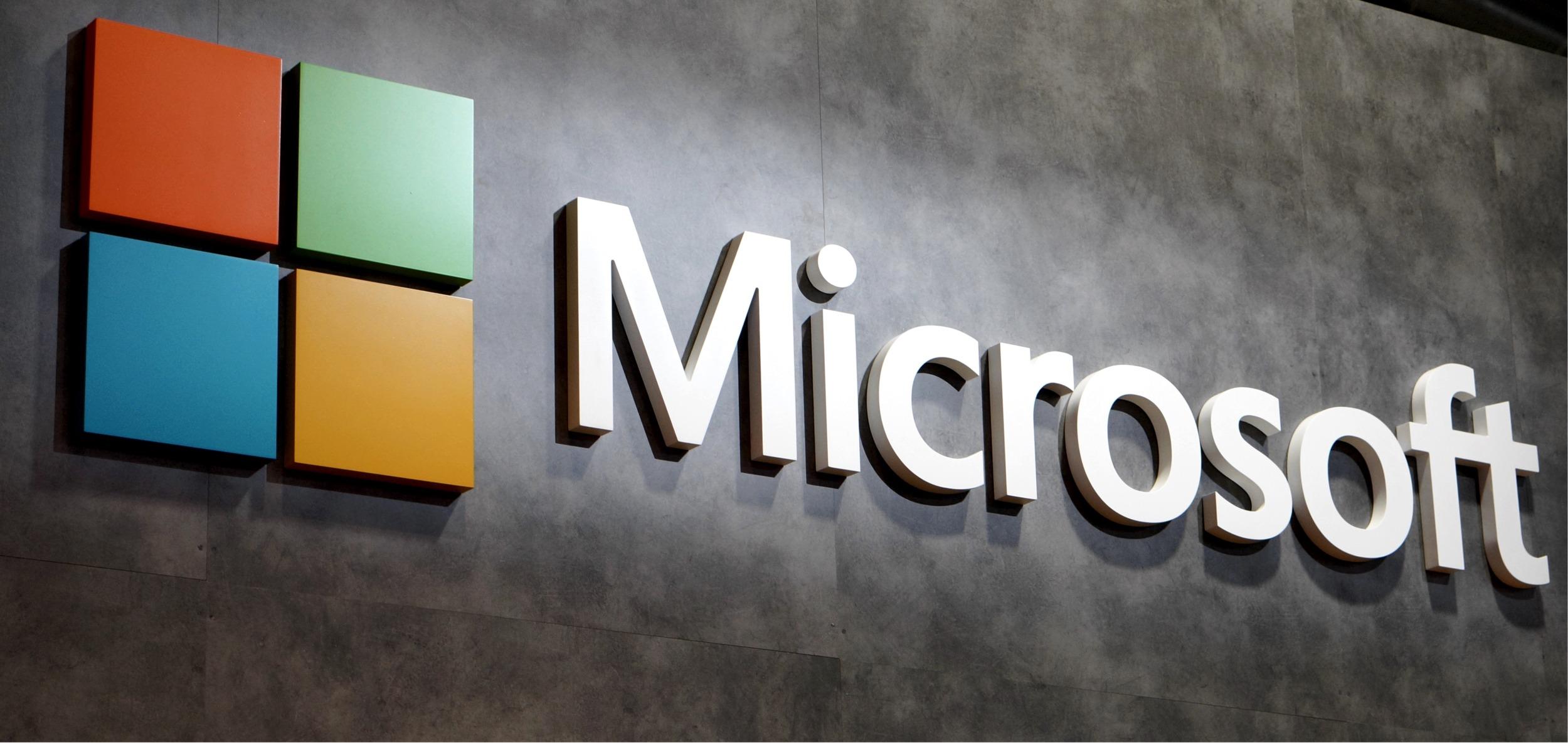 Microsoft uvolnil jednotnou aplikaci Office i pro iPady