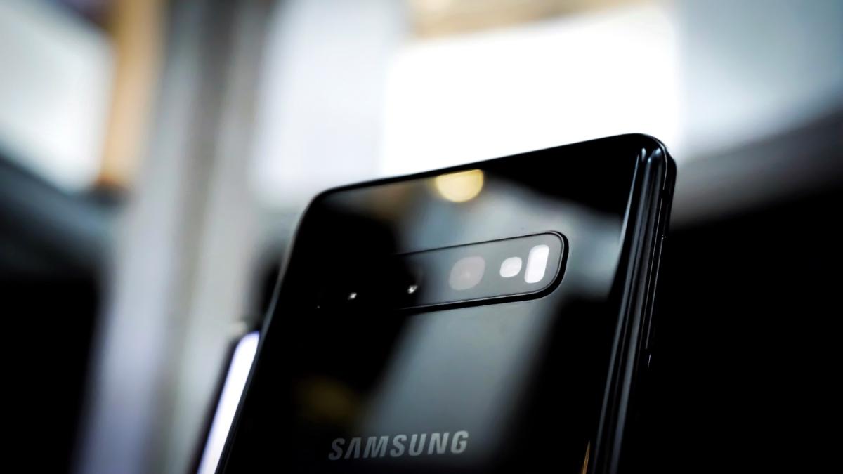 Při koupi smartphonů a chytrých hodinek vám teď Samsung vrátí až 3 000 Kč [sponzorovaný článek]