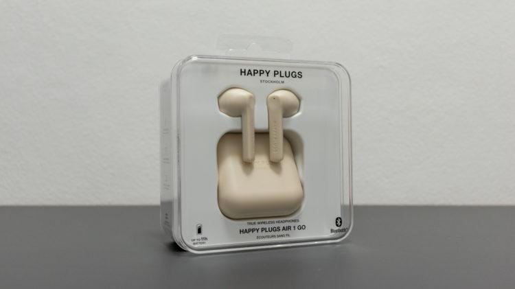 Happy Plugs 2 6000x3368x