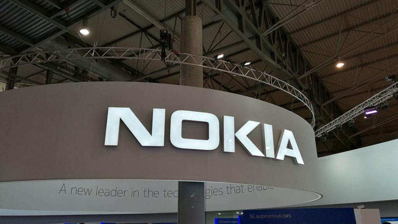 Prototyp Nokie 10 PureView je údajně vybavený Snapdragonem 875 a safírovým sklem