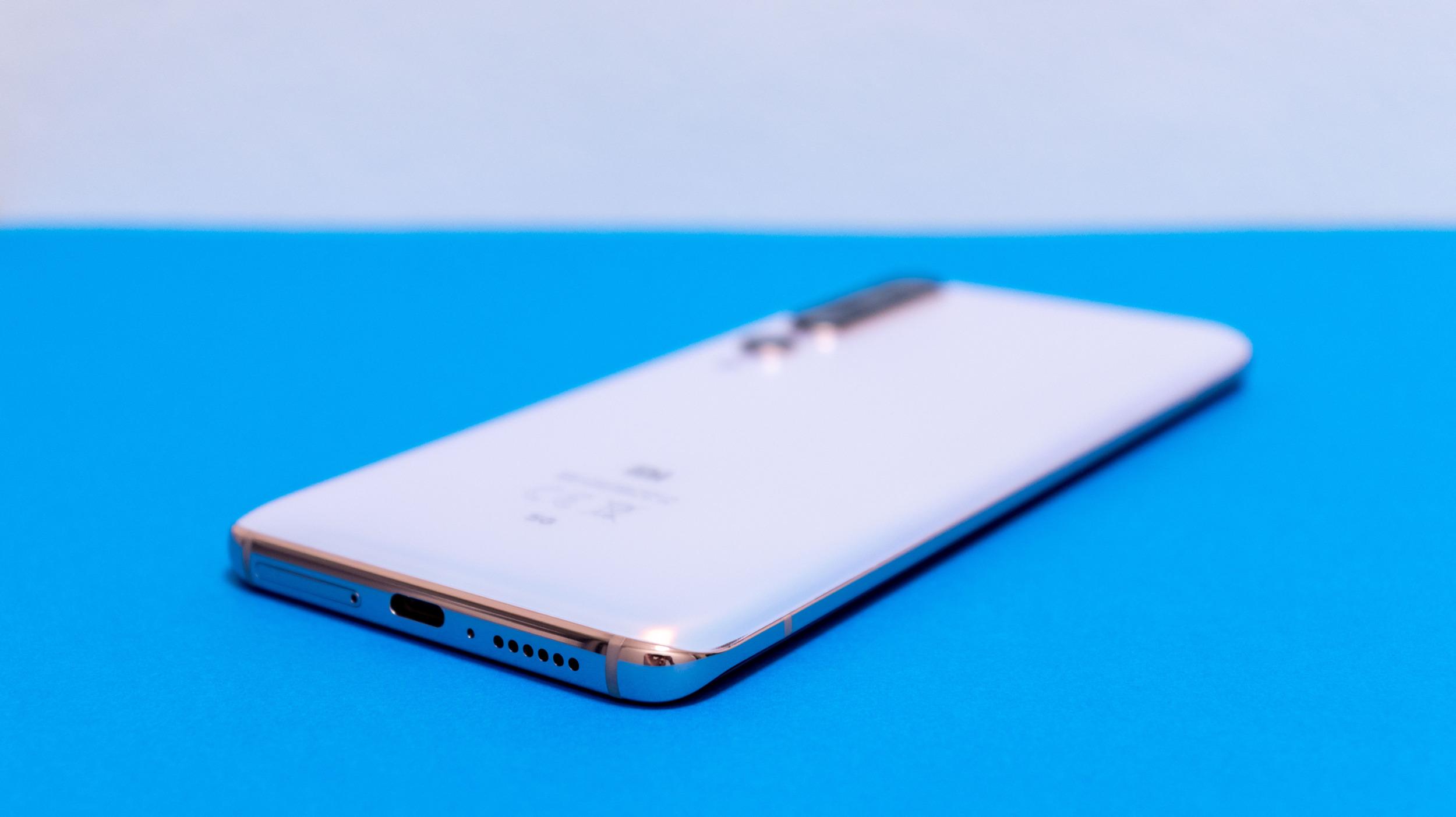 Xiaomi zavádí detekci neautorizovaných baterií a limituje nabíjení
