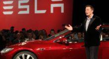 Tesla možná chystá chytré hodinky