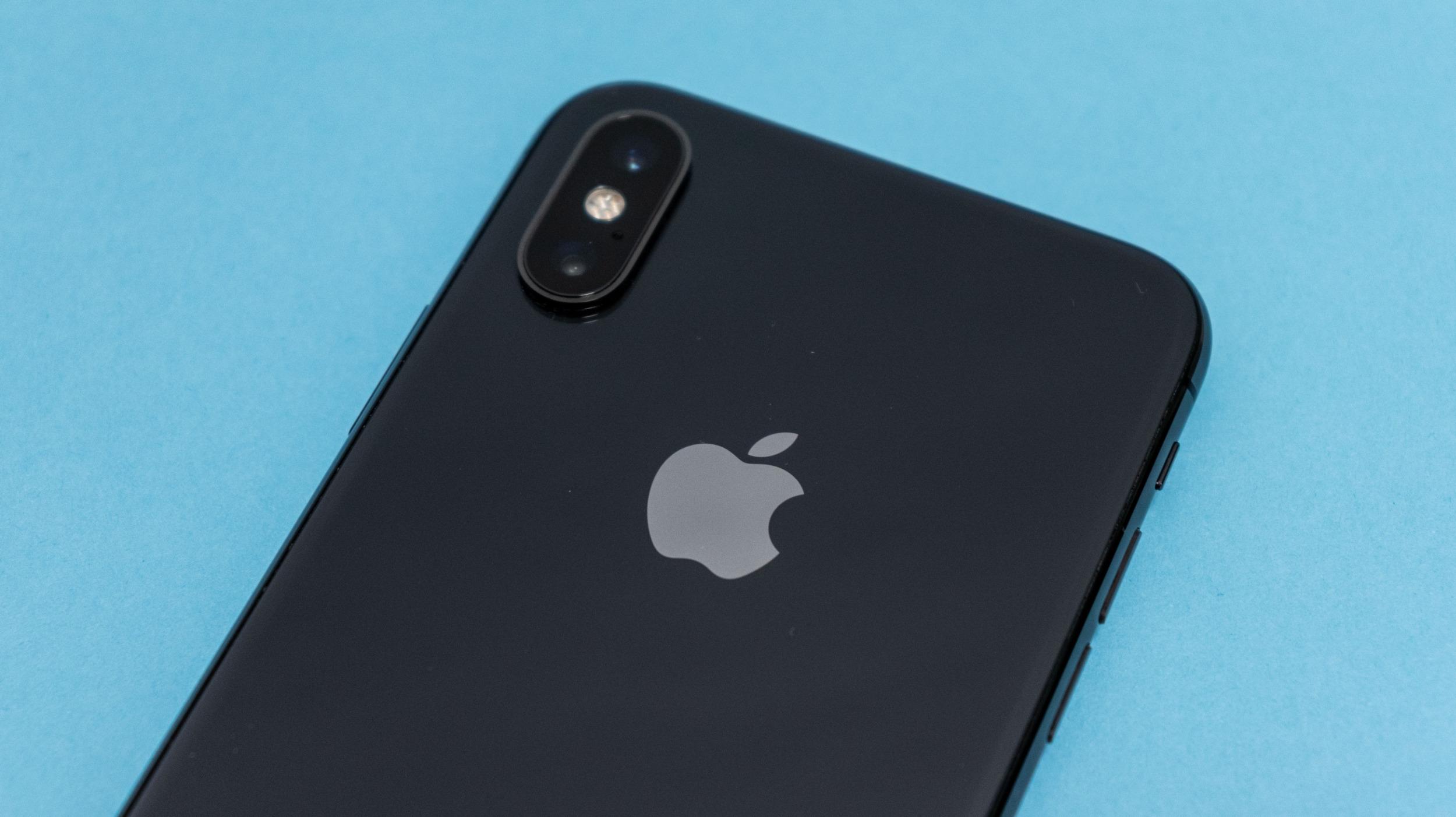 Apple překonal milník 2 bilionů dolarů
