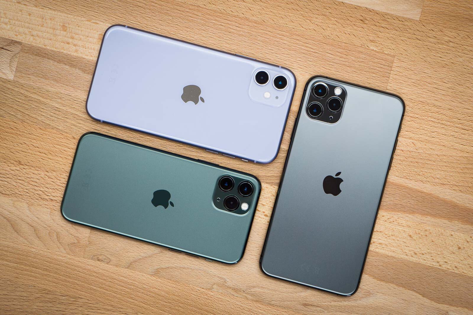 Apple vydělal nejvíce peněz, naopak trhu vládne Huawei