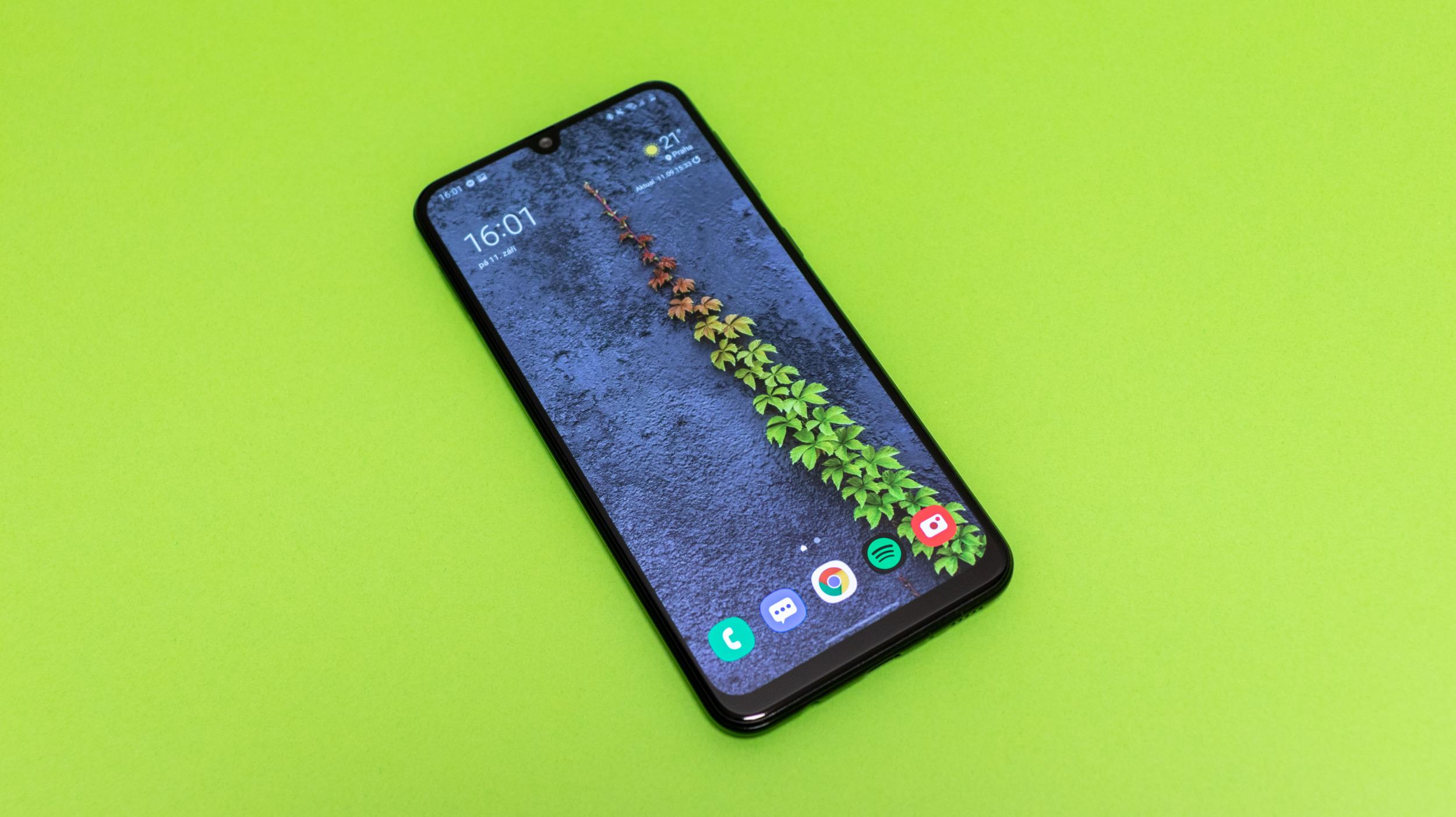 Samsung Galaxy M21 – 6000 za 6000 [recenze]