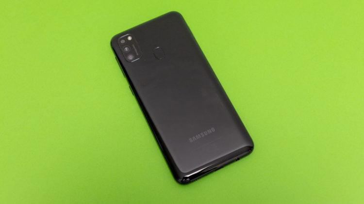 Galaxy M21 9 6000x3368x