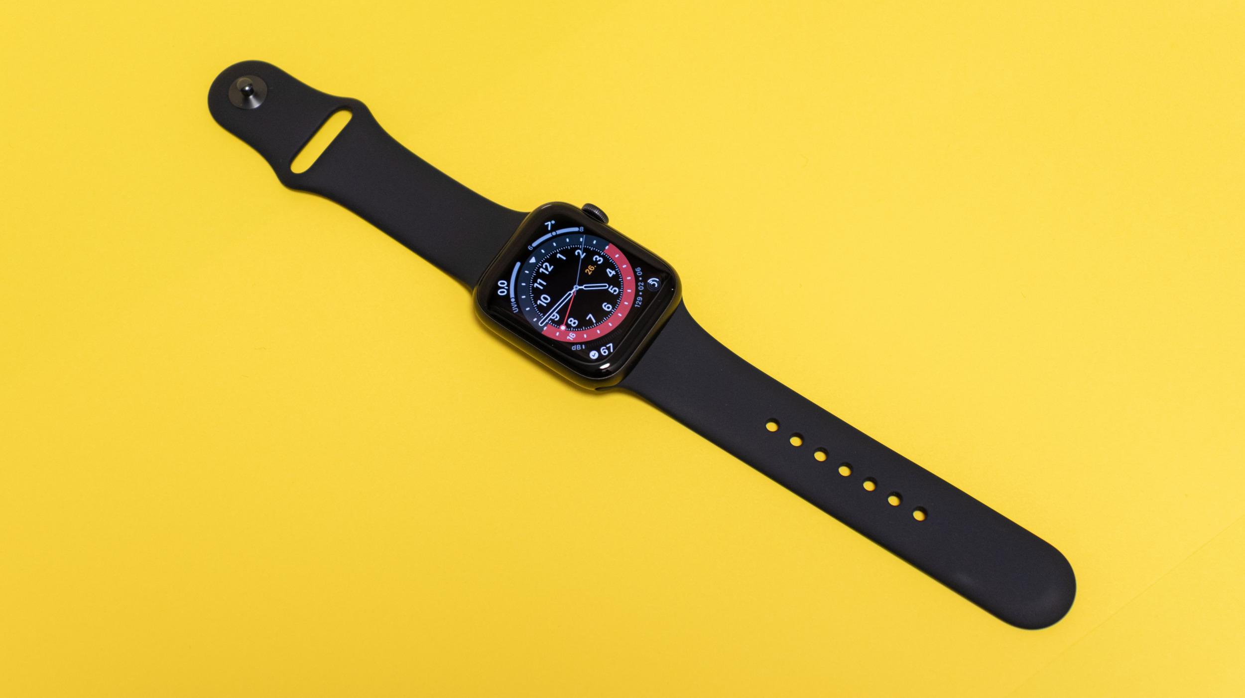 Apple Watch stále kralují celosvětovým prodejům chytrých hodinek