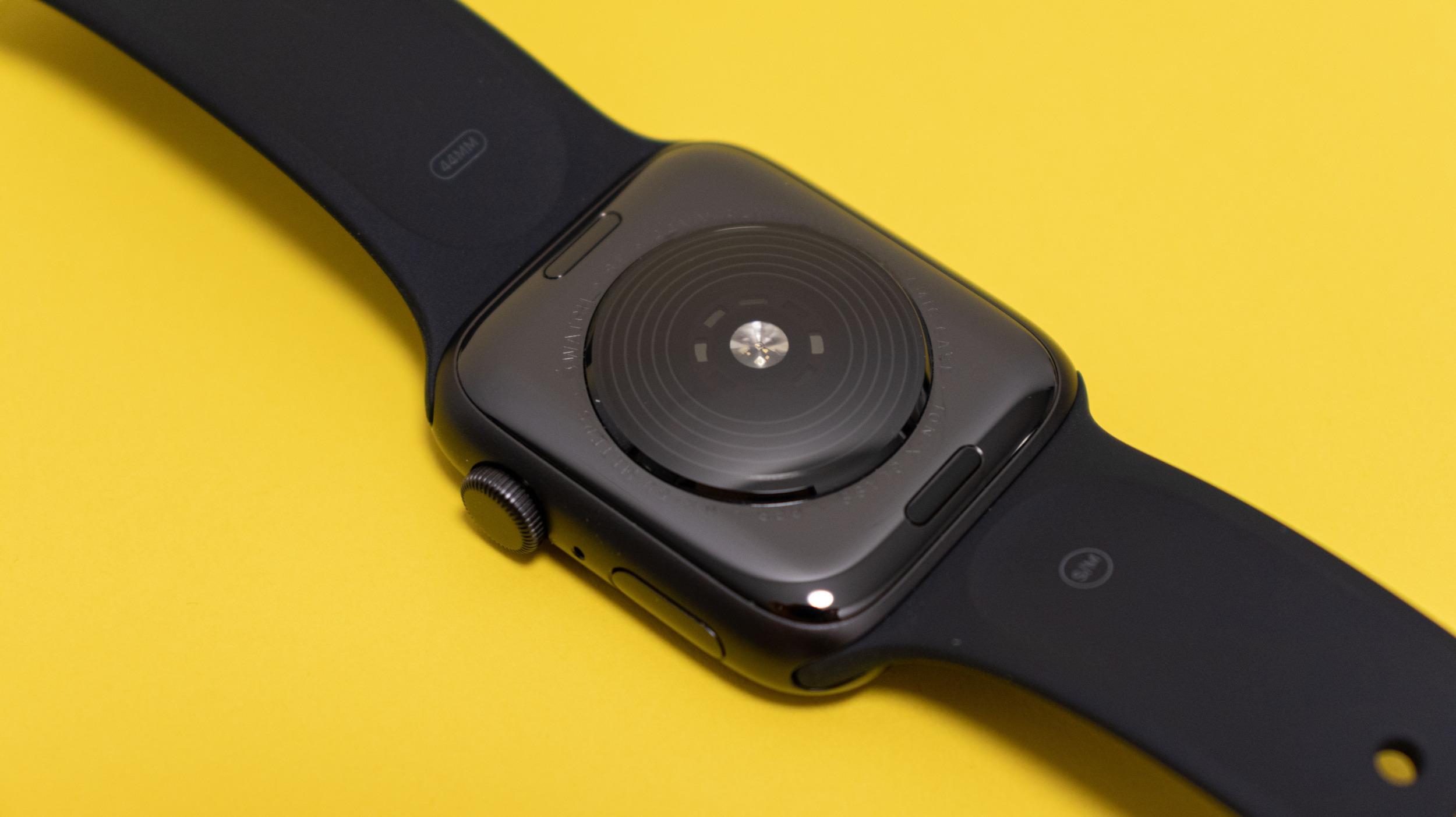 Apple Watch SE 9 6000x3368x