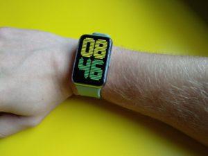 Huawei Watch Fit na ruce 1204x903x