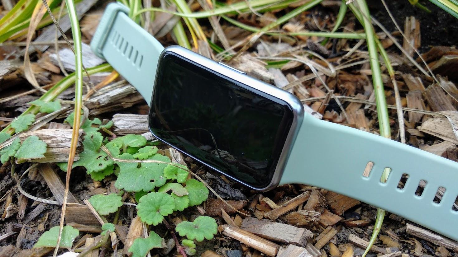Huawei Watch Fit – hybrid mezi chytrými hodinkami a náramkem [recenze]
