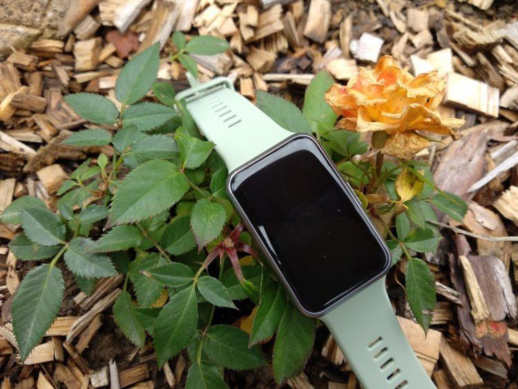 Huawei Watch Fit venku 1204x903x