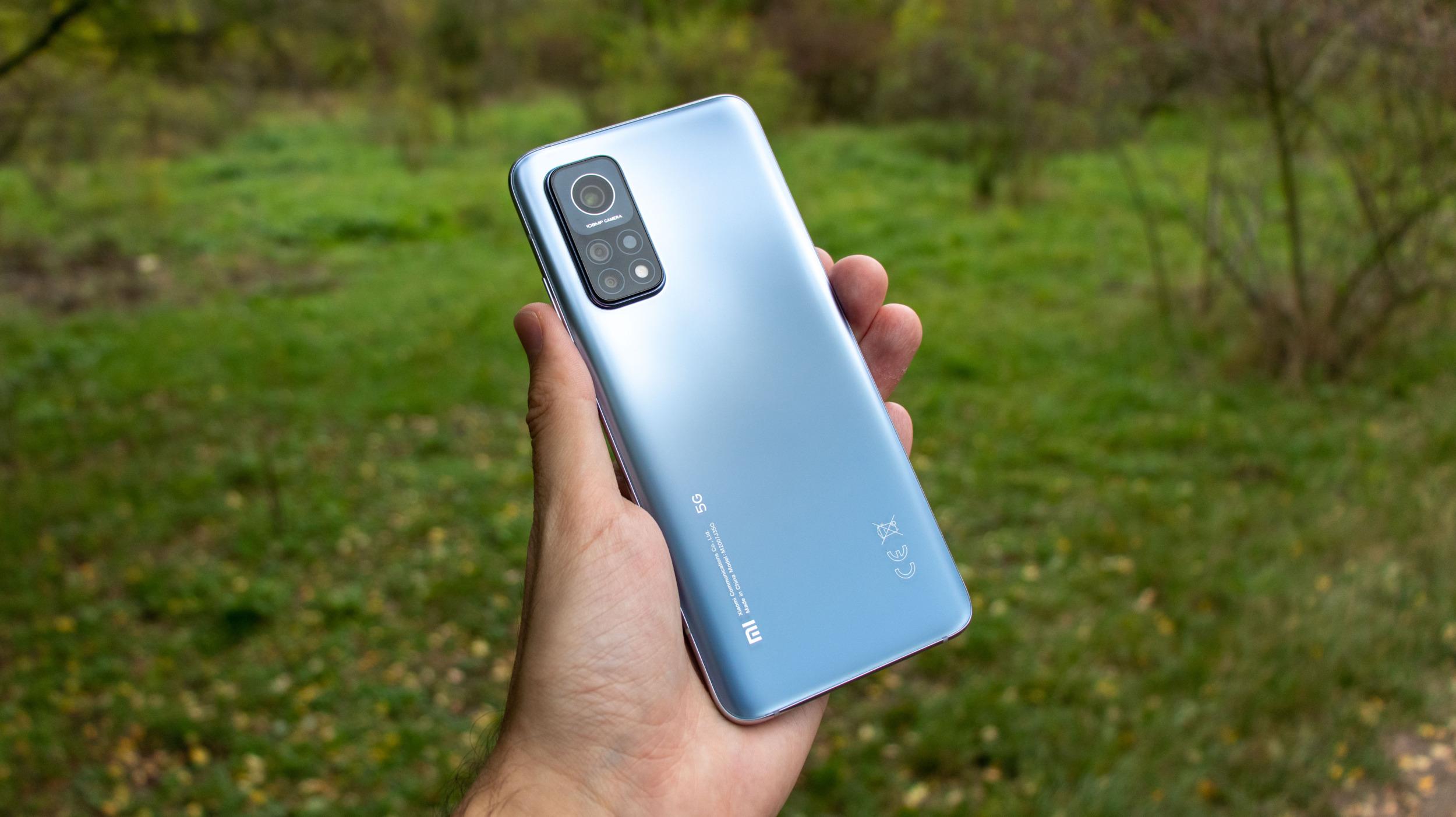 Xiaomi údajně chystá 3 ohebné telefony na rok 2021