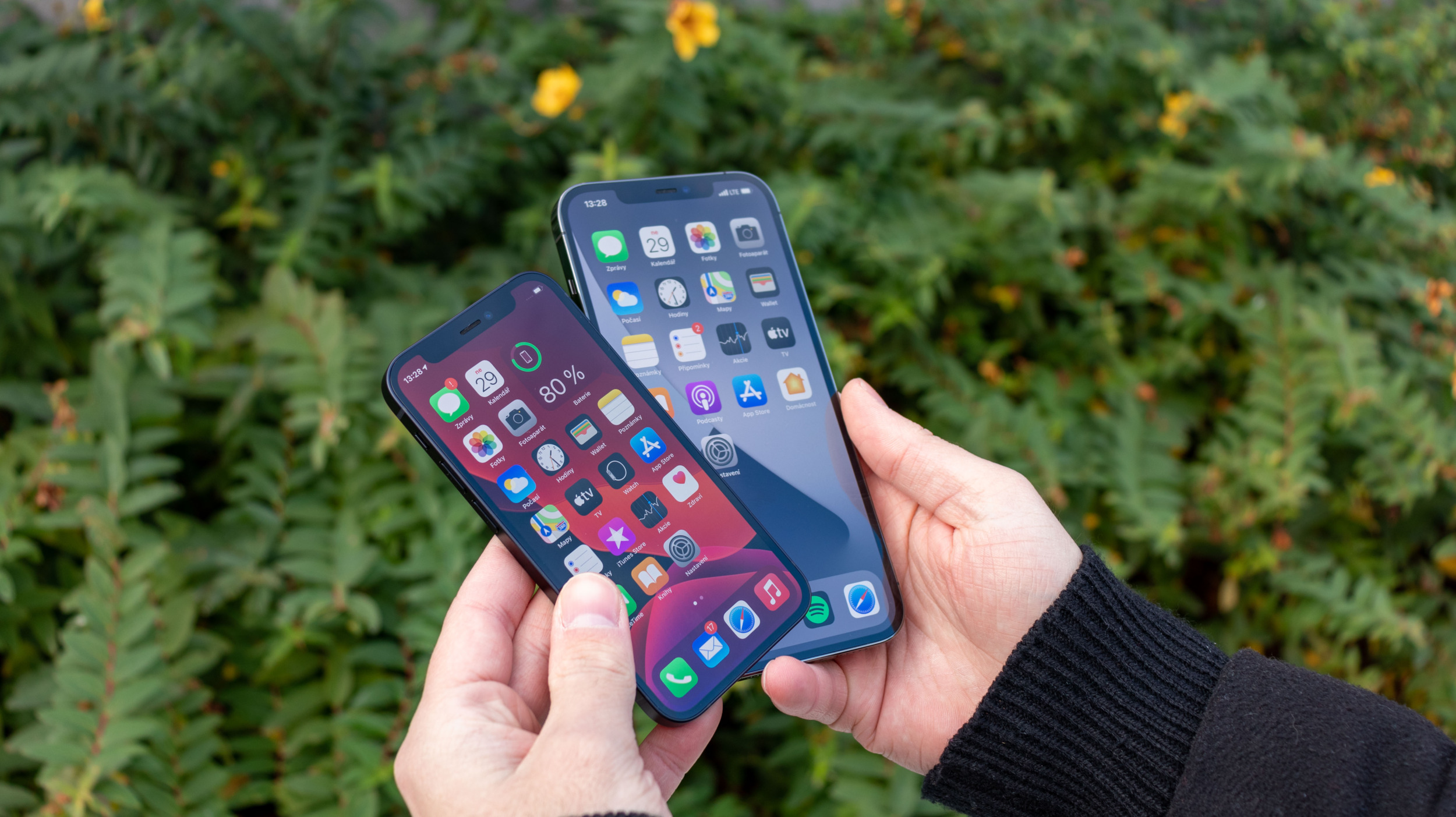Apple investuje do Corning, výrobce ochranných skel