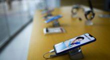 Prodeje smartphonů se pomalu vrací do normálu