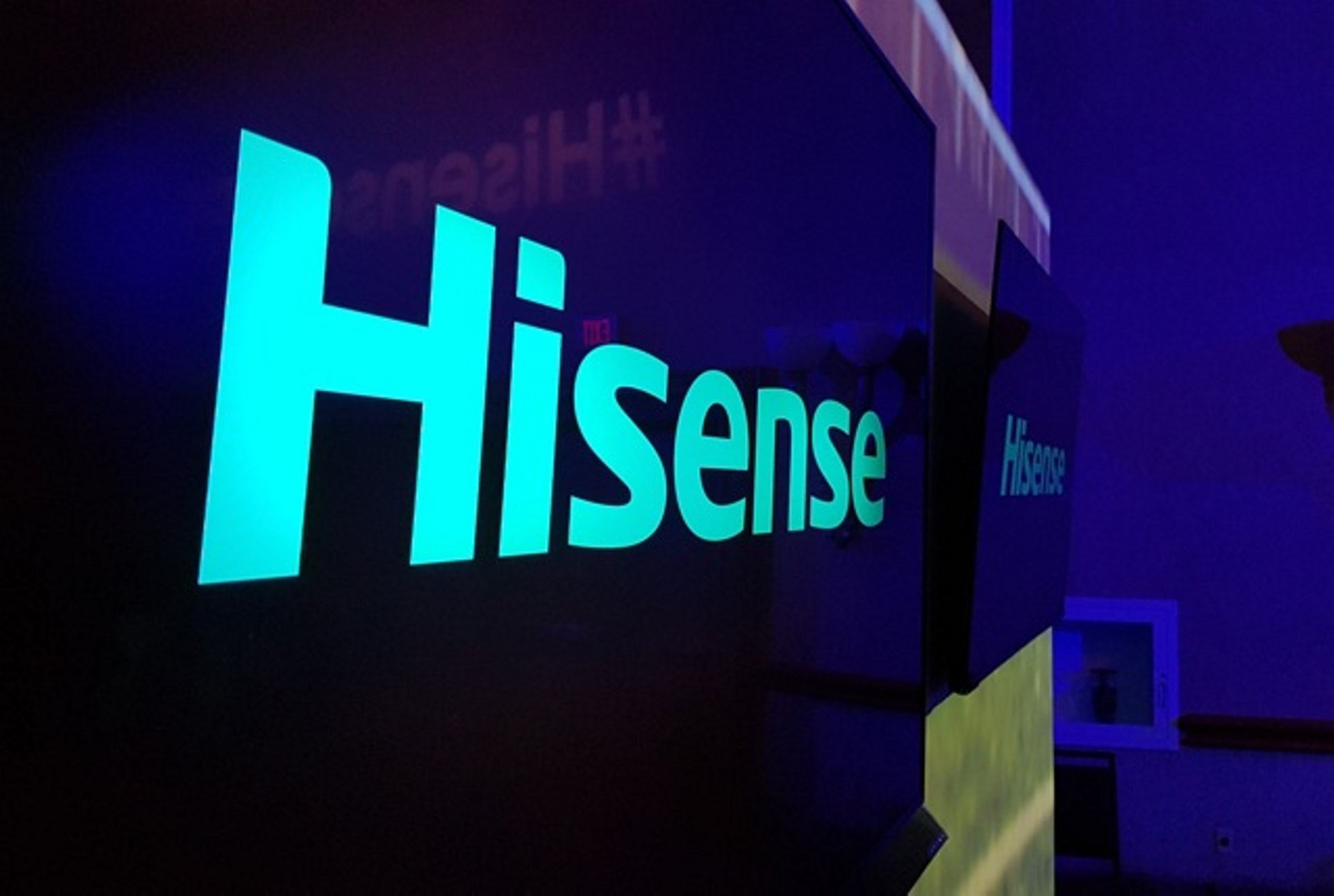 Hisense připravuje odolný model D50 s 5G podporou