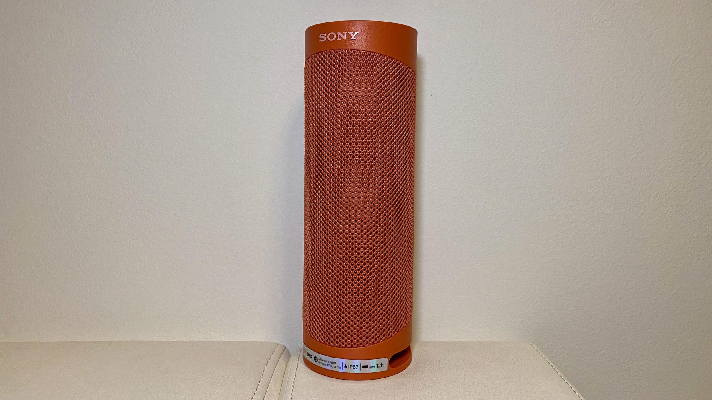 """Sony SRS-XB23: """"venkovní"""" reproduktor, který uspokojí každého [recenze]"""