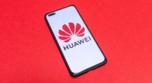 Huawei letos asi sníží produkci o 60 %