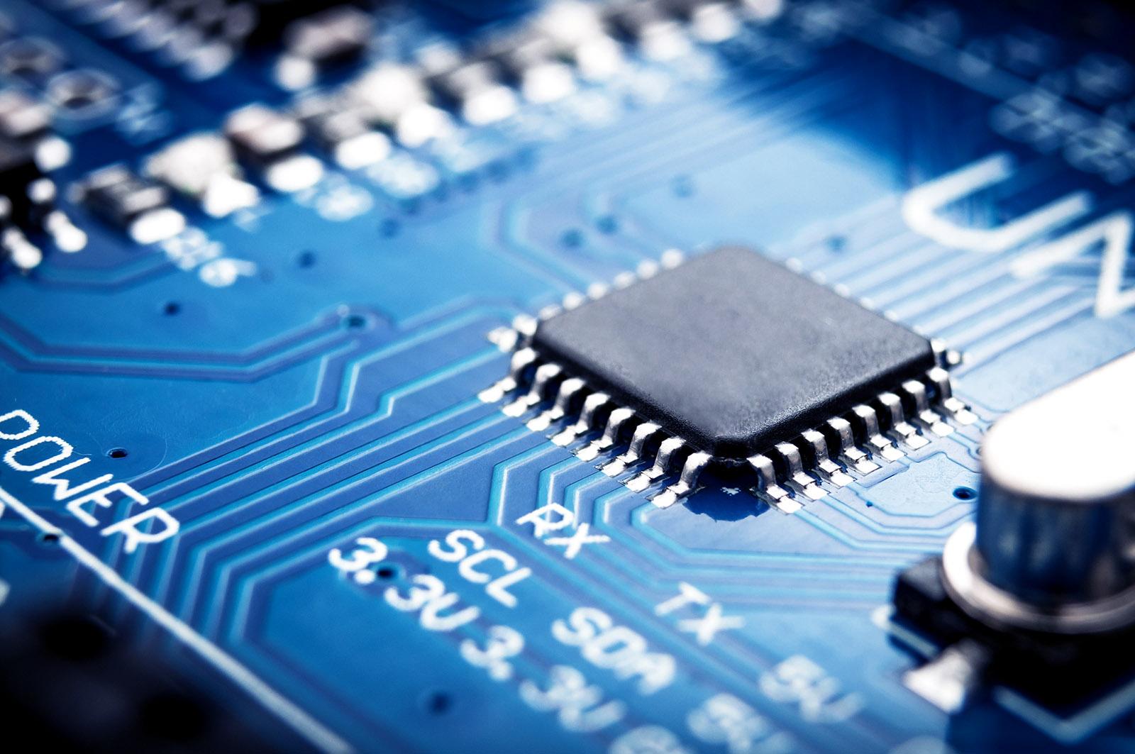 90 čínských společností začíná spolupracovat v oblasti polovodičů