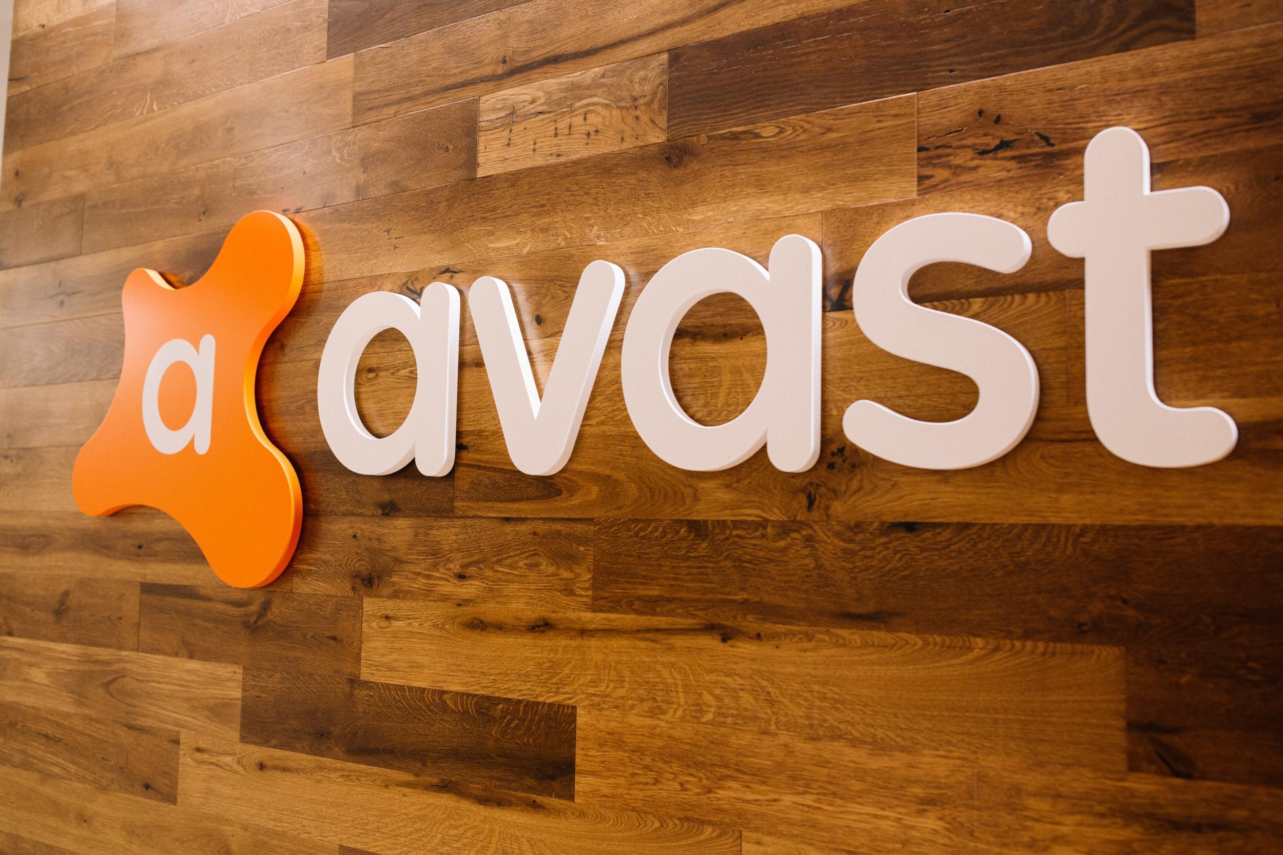 Avast detekoval 200 nových podvodných aplikací v Google Play a App Store