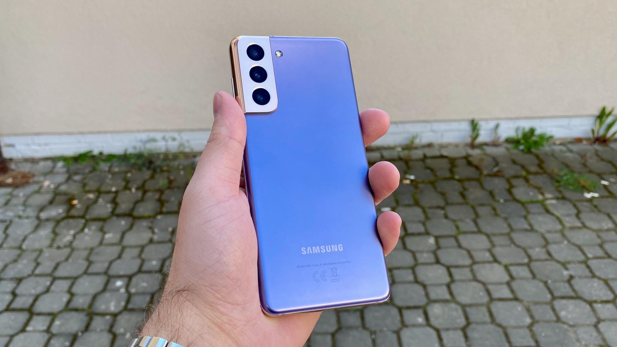 Galaxy S21: nový svěží design a fenomenální výkon [recenze]