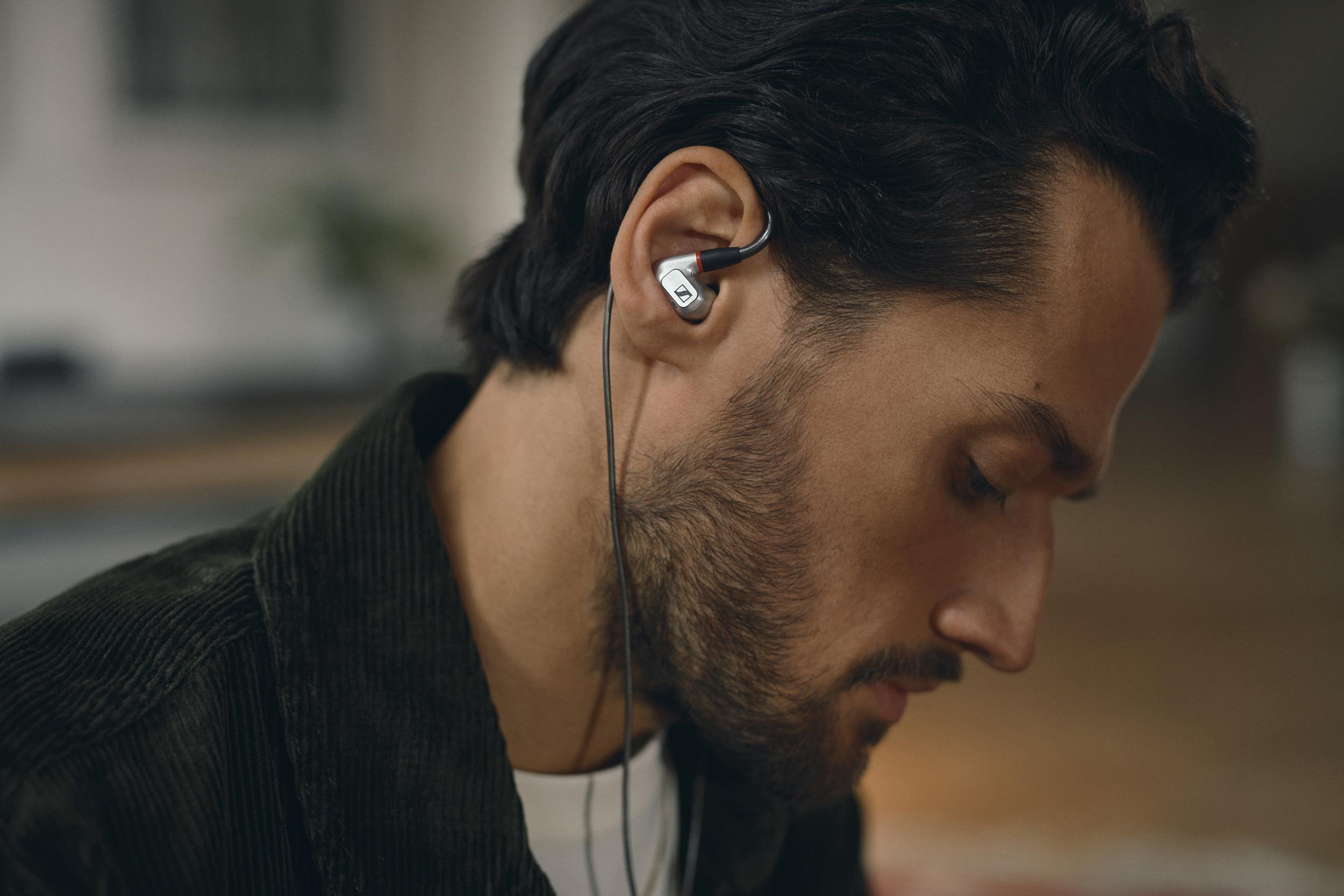 Sennheiser IE 900 jsou novým etalonem audiofilských in-ear sluchátek