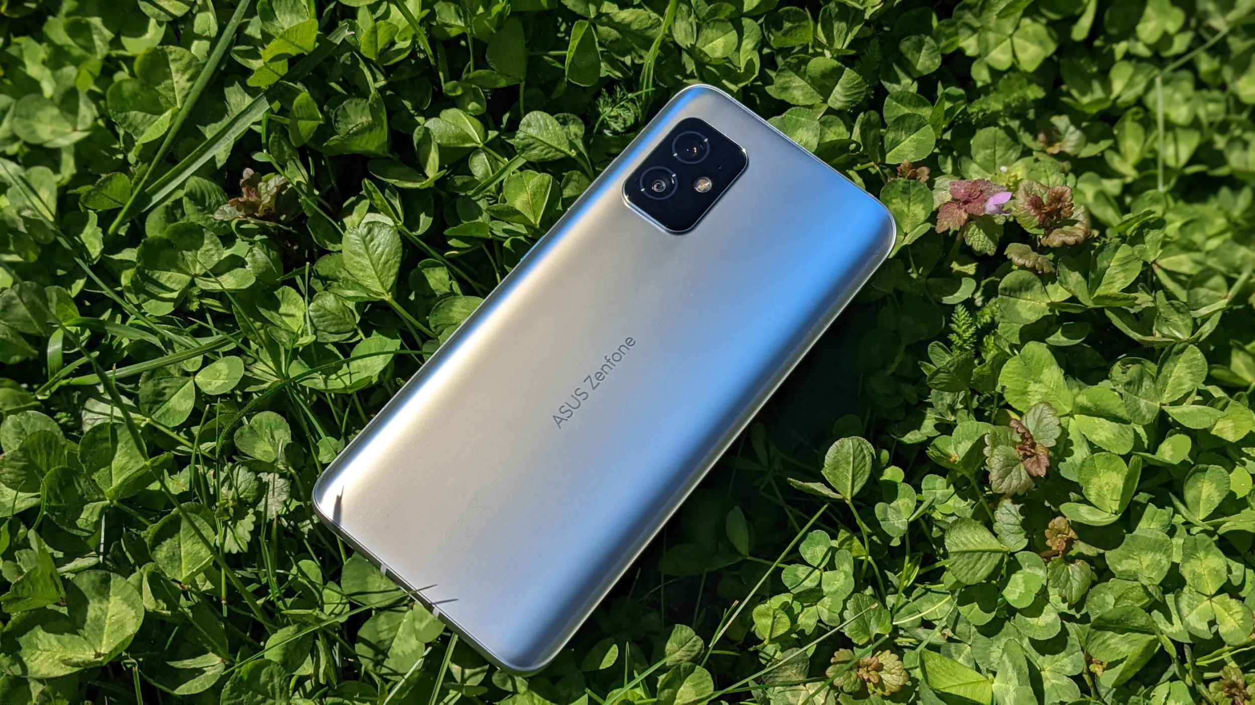 ZenFone 8 – sympaťák, který zaujme [recenze]