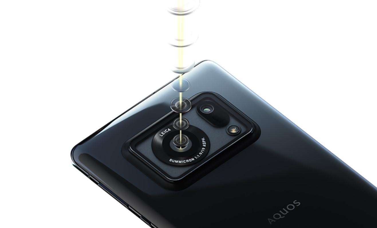 Sharp AQUOS R6 je světový unikát