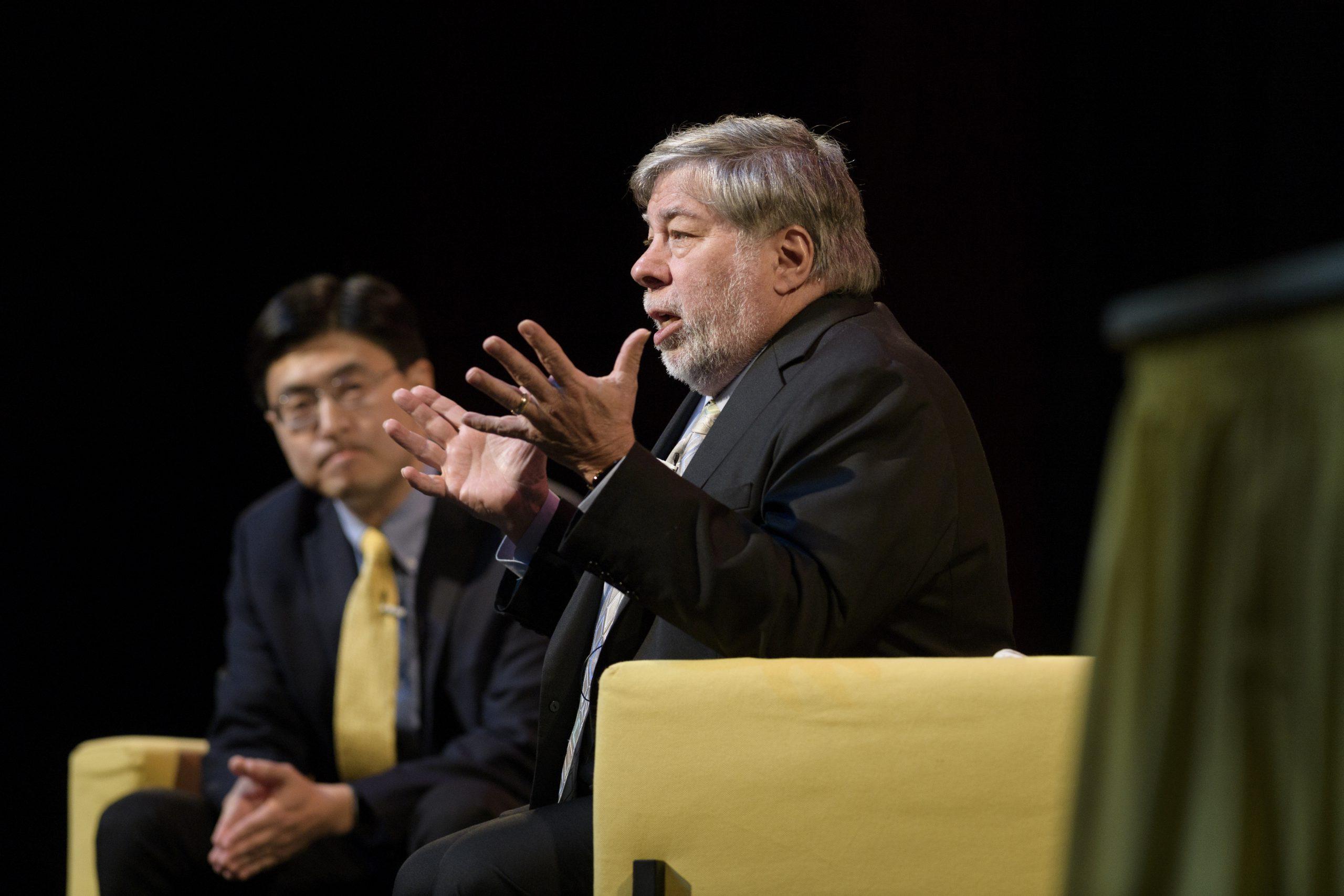 Spoluzakladatel Applu Steve Wozniak vystoupí na pražském SWCSummitu