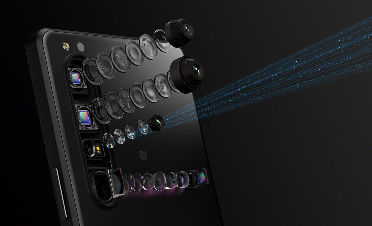 Skla Gorilla Glass DX/DX+ míří do mobilů