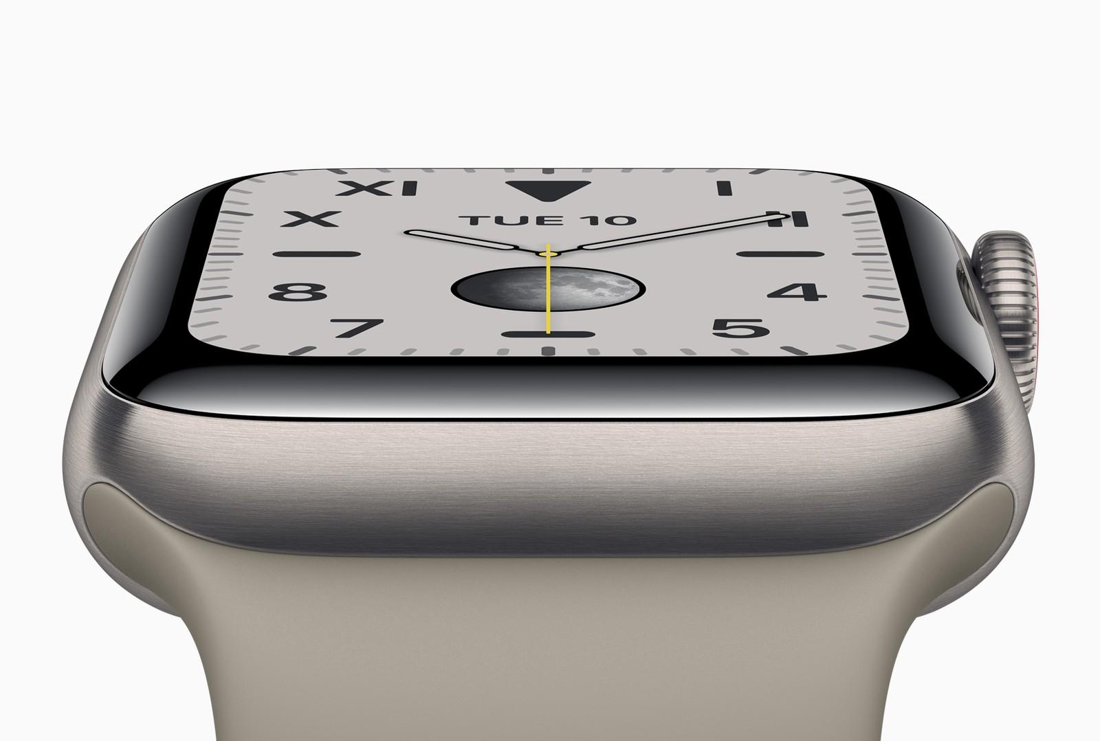 Titanové Apple Watch Series 6 nelze na hlavních trzích zakoupit